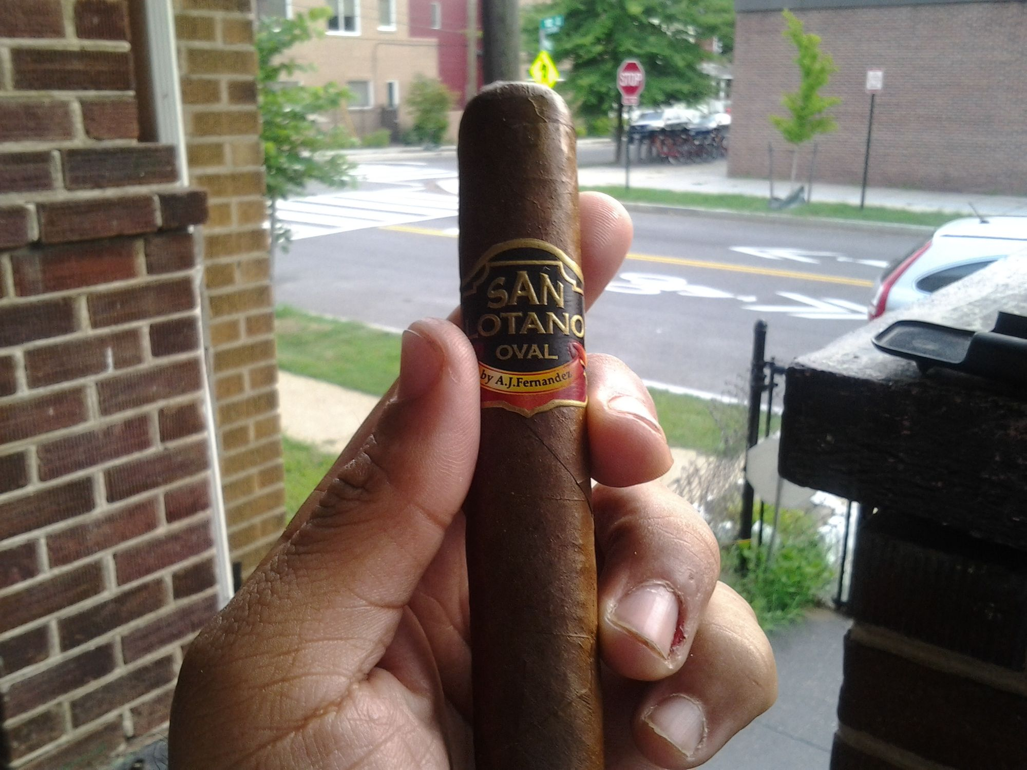 A.J. Fernandez Creates a Flawless Cigar With the San Lotano Oval