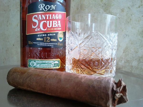 Rum Santiago de Cuba 12 years Extra Aged. The Tribute of the Masters.